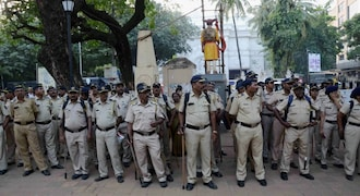 Maha police allowed to take strict action against gutkha sale