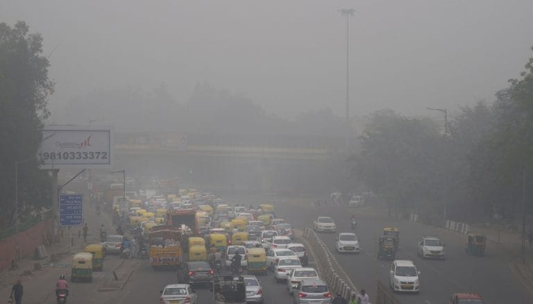 Air quality sinks to 'severe' in haze-shrouded, polluted New Delhi
