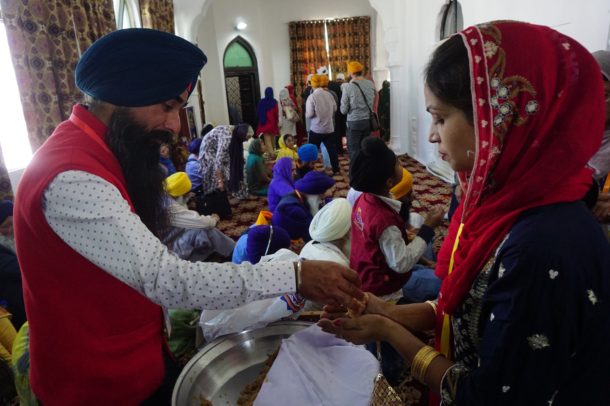 Pilgrims at the gurudwara.