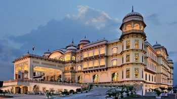 In semi-rural Karnal, Noor Mahal, a palace hotel, brings in a touch of luxury and royal living