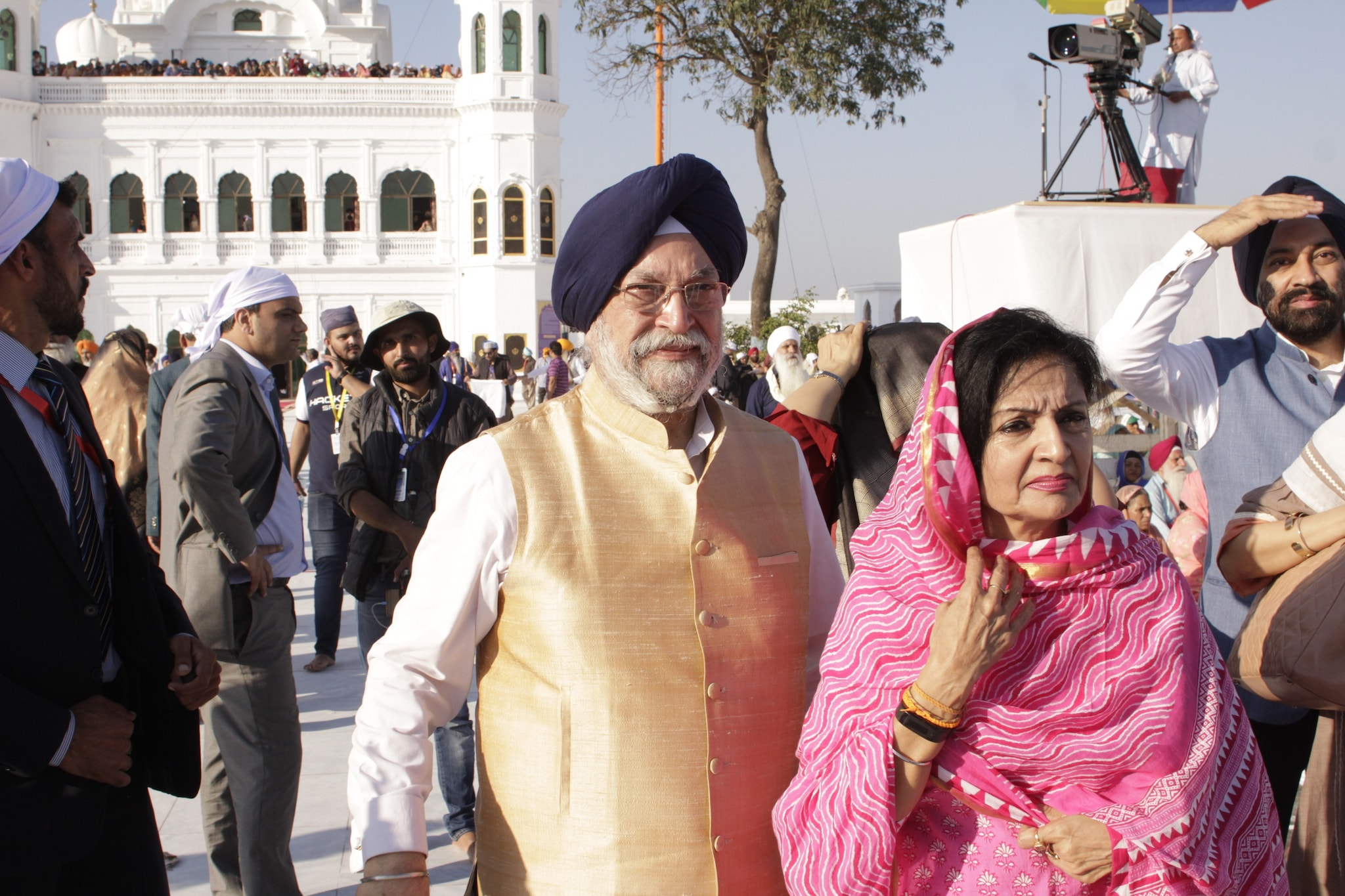 Union Cabinet minister Dr Hardeep Puri and his wife at the shrine.