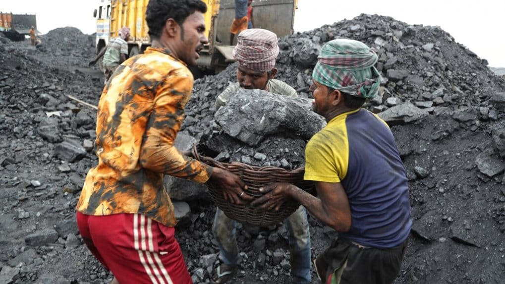 Government to auction 100 coal mines after cabinet approves ordinance for coal mining