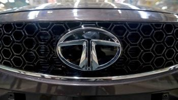 Tata Motors corrects post denial of Tesla partnership; experts tell how to trade the stock now