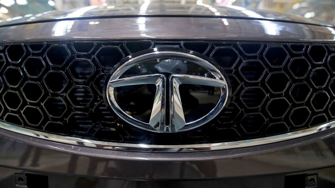 Tata Motors  | The company reported a 20.7 percent rise in total vehicle sales for November 2020 at 49,650 units as against 41,124 units in November 2020.