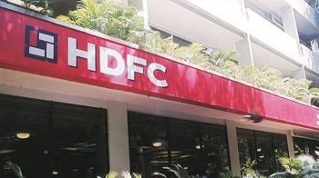 HDFC Q4 beats estimates; net profit rises 8.7% to Rs 3,180 crore
