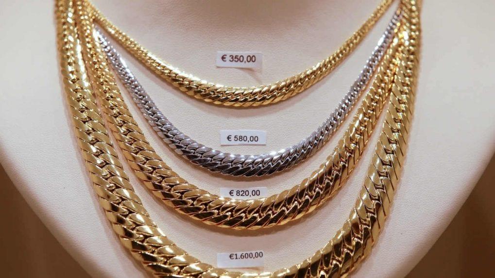 Gold rate today: Yellow metal rises; next target seen at Rs 49,100 per 10 grams