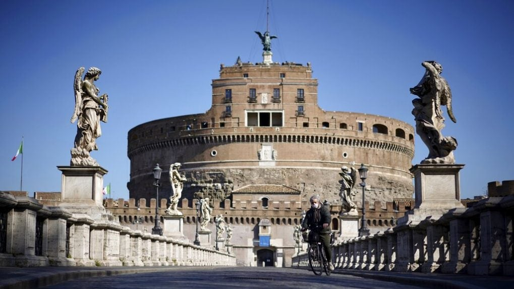 Rome airport poised to try 'COVID tested' flights from US