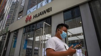 UK to exclude Huawei from role in 5G phone network