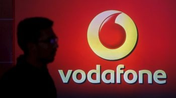Vodafone Idea Q2 loss narrows to Rs 7,218 crore, to monetise its 11.15% stake in Indus