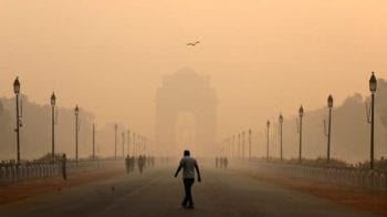 """Delhi Air Quality Update: The fluctuating Air Quality levels hit """"Very Poor"""" category"""