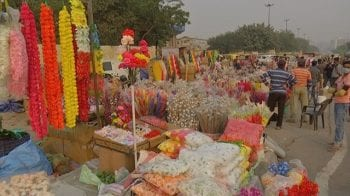 Festive spirit adds some colour to Delhi's Ghazipur flower market; but supply remains a problem