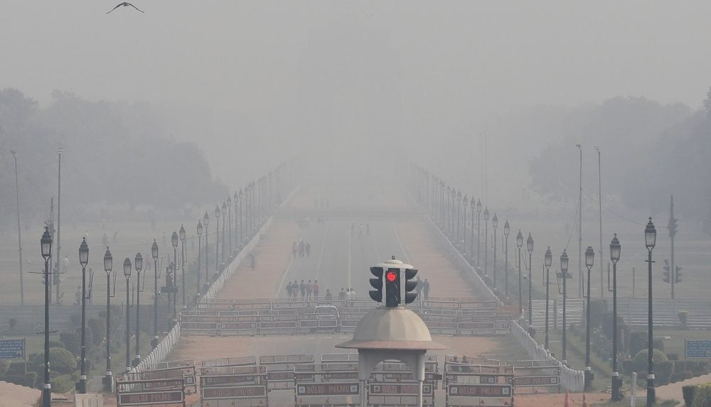 'Very dense' fog lowers visibility to 'zero' in parts of Delhi: IMD