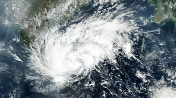 Cyclone Nivar Live Updates: Landfall begins close to Puducherry; Nivar to cross coast near UT in next 30 mins