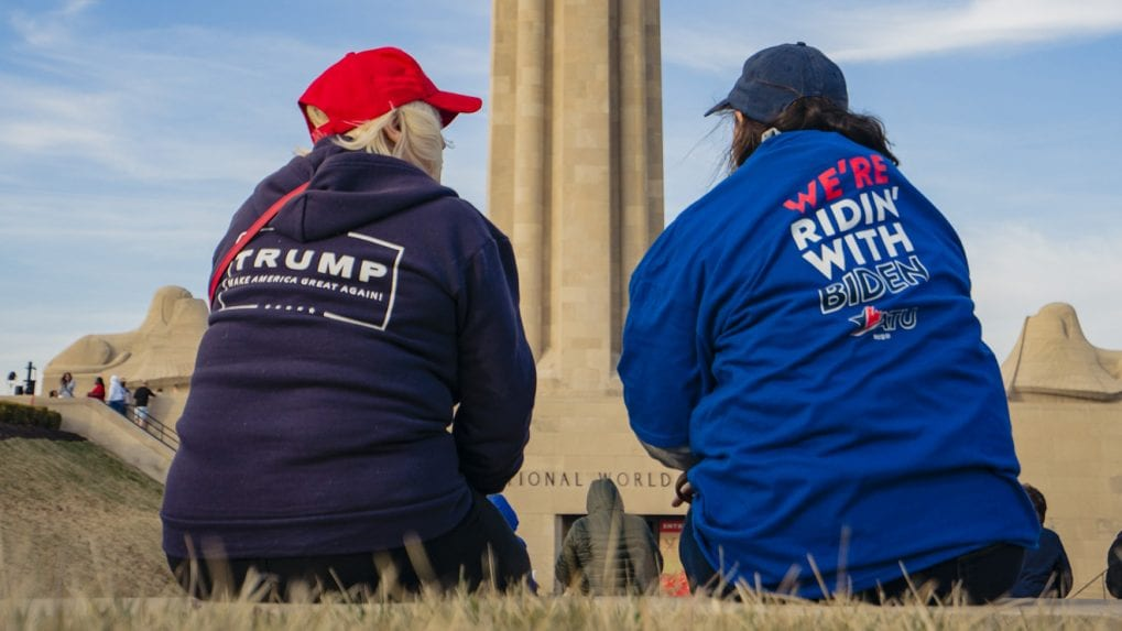 US Election 2020: Biden and Trump hold last-minute rallies in swing states
