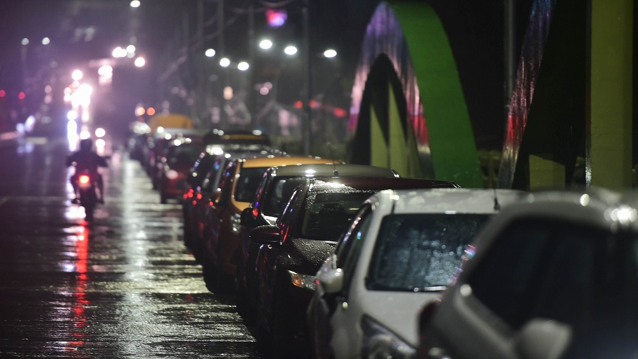 9. India Ratings On Passenger Vehicles: Domestic passenger vehicle and two-wheeler wholesales will come down in the next few months as inventory levels remain high at dealer level, according to rating firm India Ratings and Research (Ind-Ra). The overall auto industry would however continue to grow in the next few months, it noted.