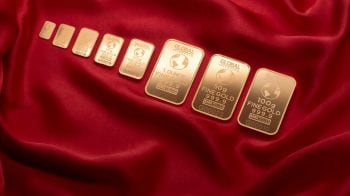 Gold prices rebound from 9-month low: Expert discuss buying strategies