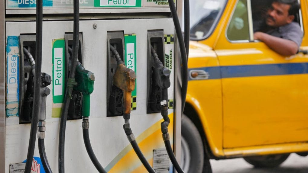 4 states cut taxes on petrol, diesel; Center calls for joint effort to reduce fuel burden on public