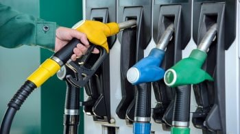 Petrol, diesel prices remain unchanged for fourth day in a row