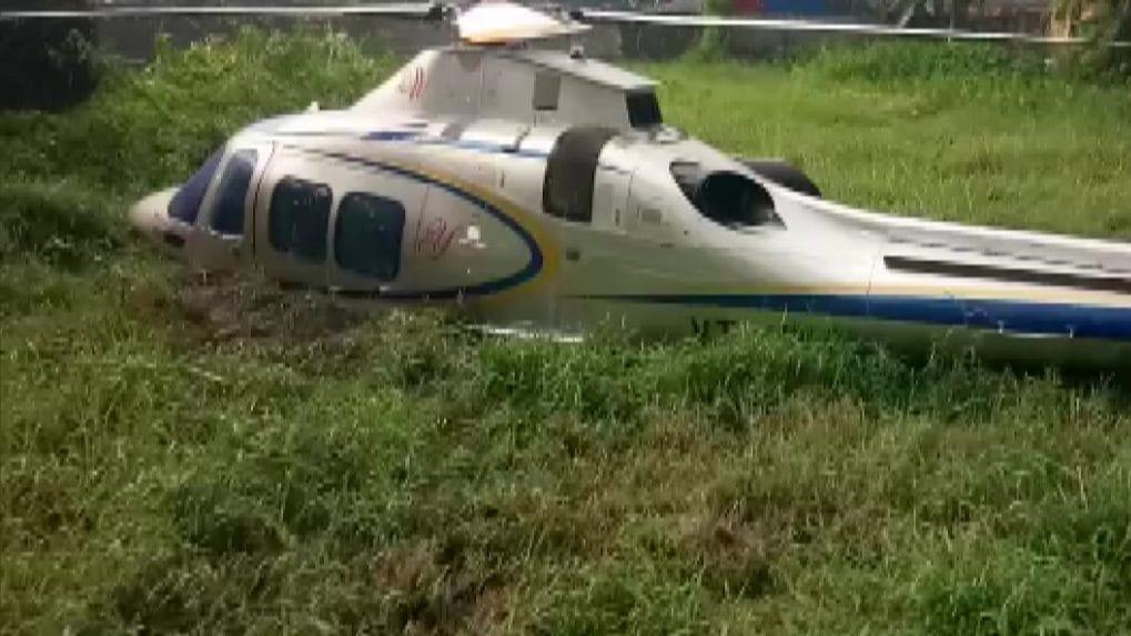 Chopper carrying businessman Yusuf Ali crash lands in Kerala; no causalties