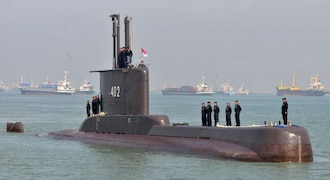France recalls envoys in US and Australia over submarine deal