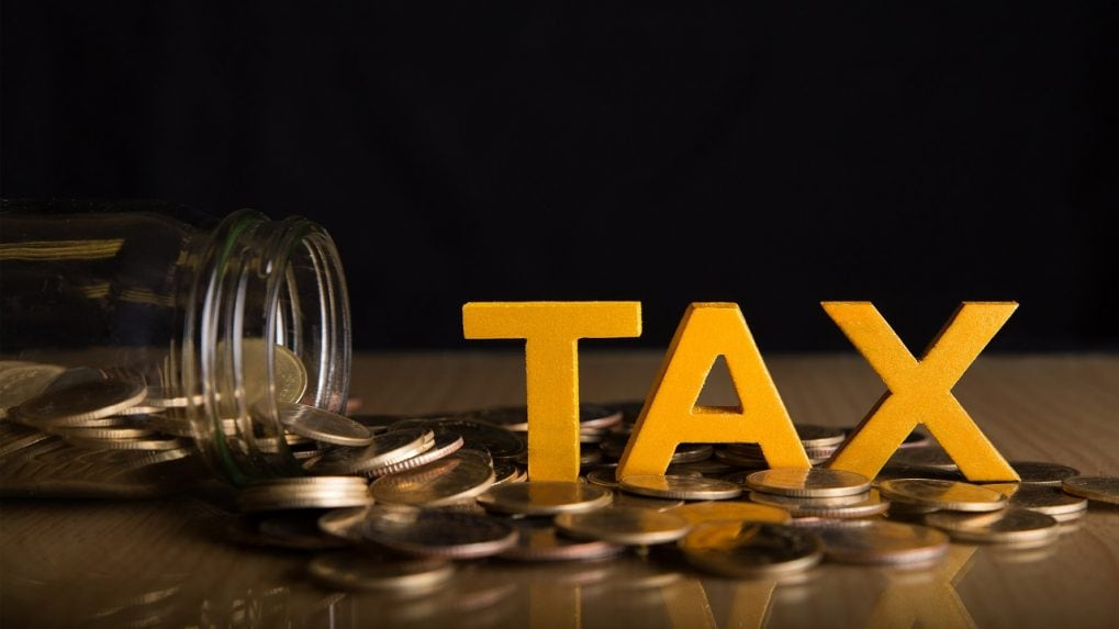 Govt's net tax collection rises 86% to Rs 5.57 lakh cr in Q1
