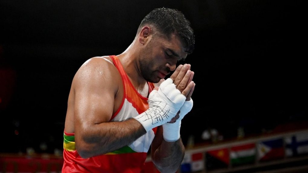 Boxing: Satish Kumar's debut Olympics ends with loss to world champ Bakhodir Jalolov in quarterfinals